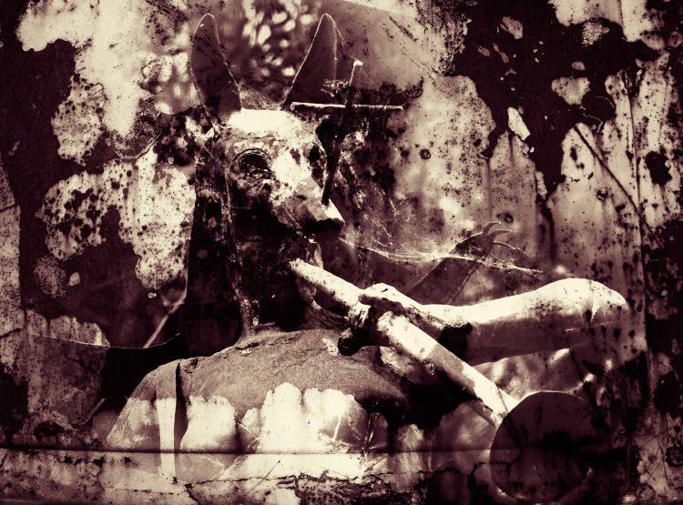 крест женщина жрица древнего культа труба маска волка собаки мракобесие obscurantism priestess wolf mask woman black ancient cult trumpet cross