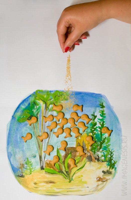 fish food cookies aquarium feeding hand рыба корм аквариум печенье кормить рука