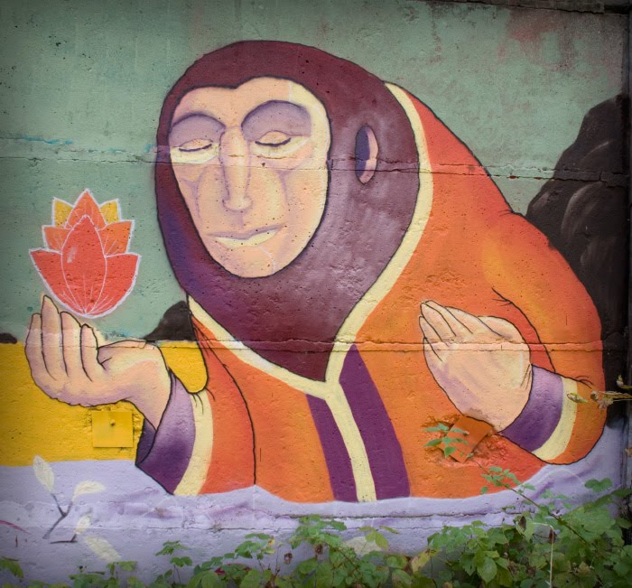 mediaval man with burning flower средневековый человек с горящим цветком фото Демидова Игоря