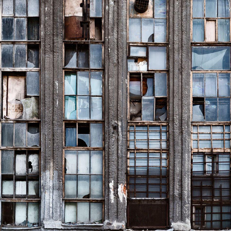 окна ЗИЛ разбитые завод автор Демидов Игорь ZIL windows broken