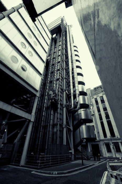 Денежная фабрика завод здание Lloyd's Лондон сити автор демидов Игорь fabric industrial building London city