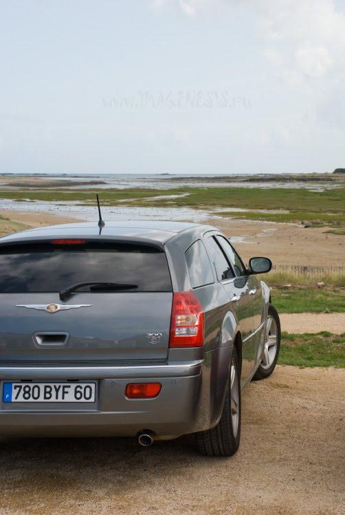 сркныдук 300С in Brittany крайслер 300 Ц в Бретани автор Демидов Игорь