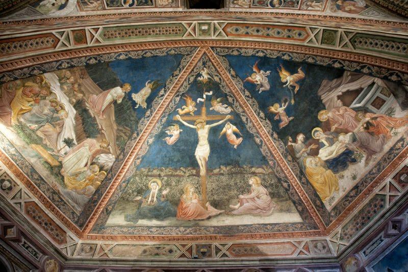baptistery ceiling at Siena cathedral потолок баптистерия в соборе Сиены автор фото Демидов Игорь