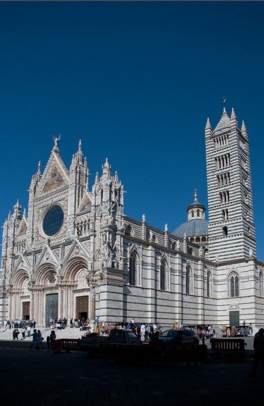 Кафедральный собор сиены белый камень черный рисунок автор Демидов Игорь Siena Cathedral church Christian black and white marble