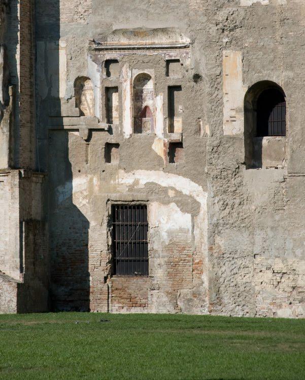 Пармская библиотека следы на стене от дома автор Демидов Игорь Parma library with traces of old building