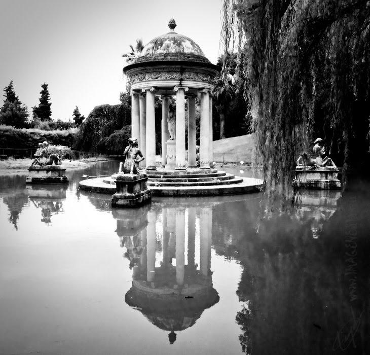 Беседка Венеры на пруду в старом парке Дураццо паловичини автор демидов Игорь pavilion Venus at Durazzo paloviccini villa