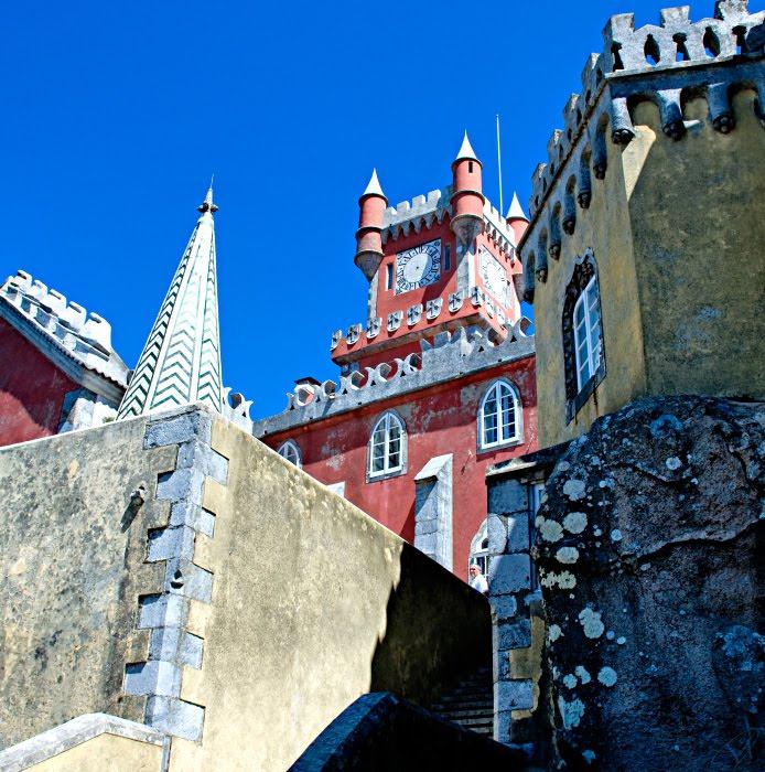 Лестница дворец Пена окна стены часы башни Синтра Португалия Автор Демидов Игорь Pena palace stairway walls clock towers castle Sintra Portugal
