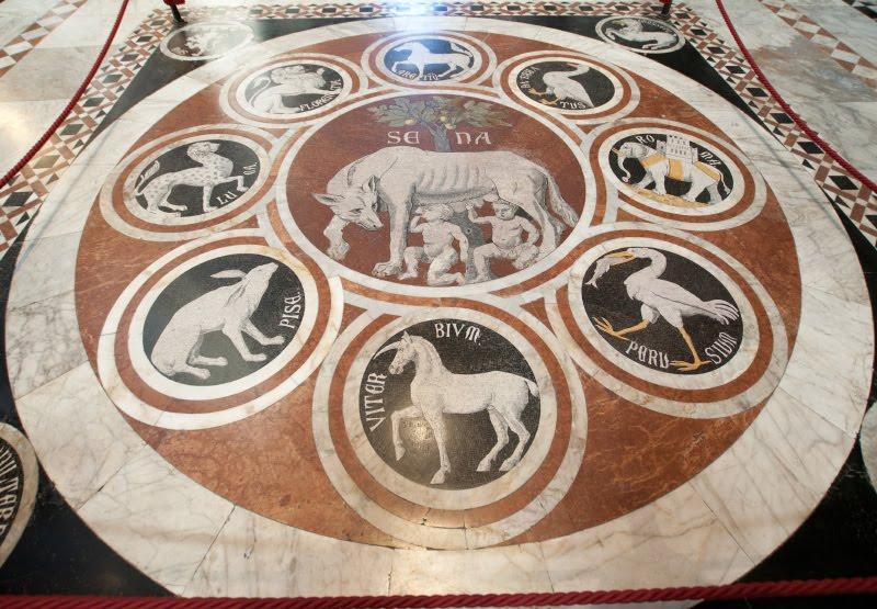 Инкрустированные мрамором полы Сиенского собора автор фото Демидов Игорь Siena duomo marble floor