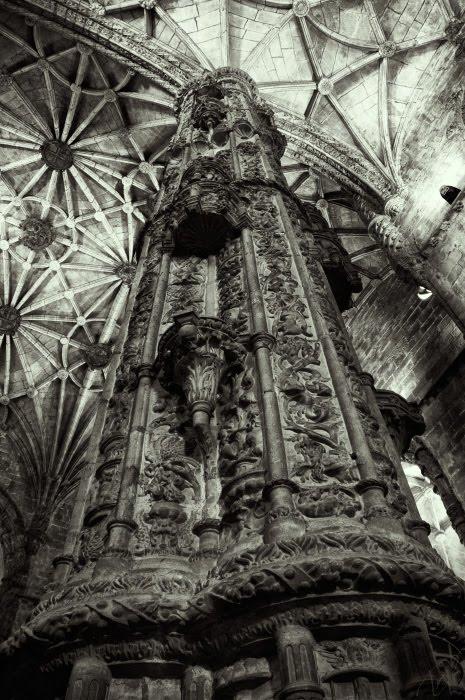 коллонна монастыря Иеронимитов Жеонимуша в Лиссабоне автор Демидов Игорь Jerónimos Monastery pillar column Lisbon